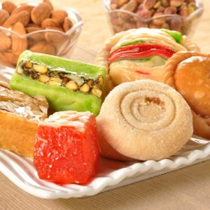 Send Diwali Cakes Chocolates Sweets Dry Fruits to Chohal